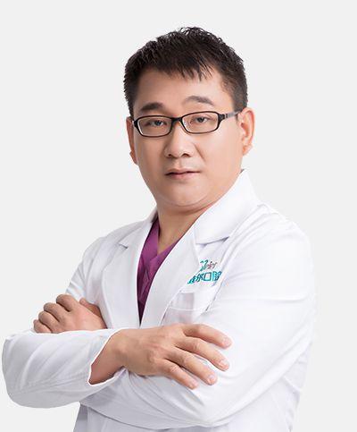 北京维尔口腔医院正畸院长张余新