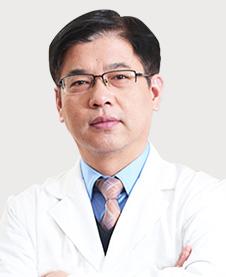 三大高难种植博士团成员吴杭