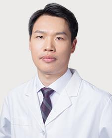 口腔种植学博士陈其思
